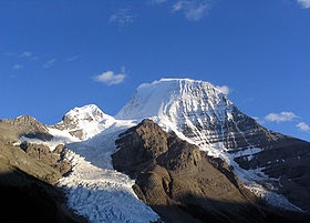 Mt. Robson, a few hundred kilometres from where I was born four decades ago.